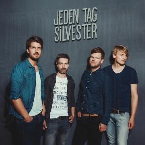Jeden Tag Silvester - das Debüt-Album gibt's ab dem 19.09. überall!