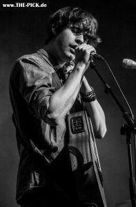 Damian Lynn live