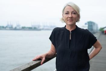 Katja Hübner_Geländer
